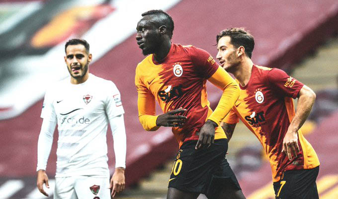 Inarrêtable, Mbaye Diagne guide encore Galatasaray